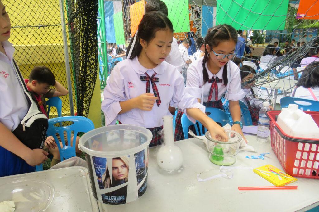 Wichai_Science_Fair_2017_Thailand_7